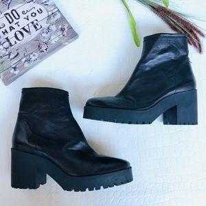 Zara Basic Chunky Heeled Platform Zip-Up Boots